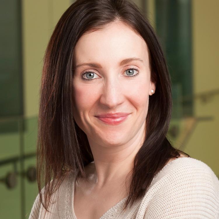 Dr.  Kathleen Carten