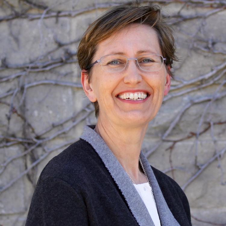 Dr.  Rachel Rooney