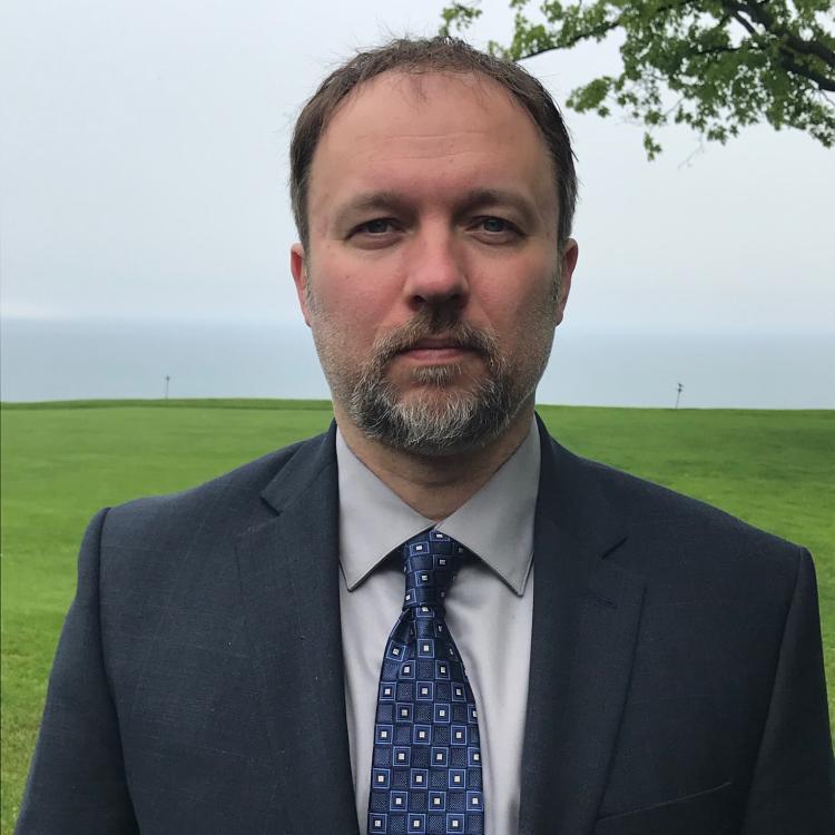 Dr.  Jason  Erb
